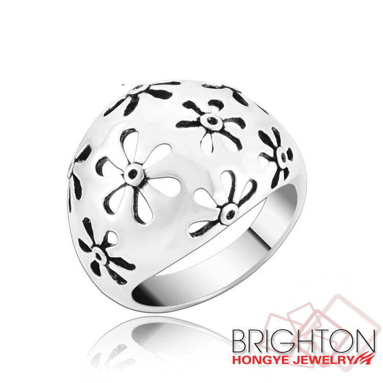 Fancy Hollow Flower Women Designer Ring Jewellery Ring T00168-2420