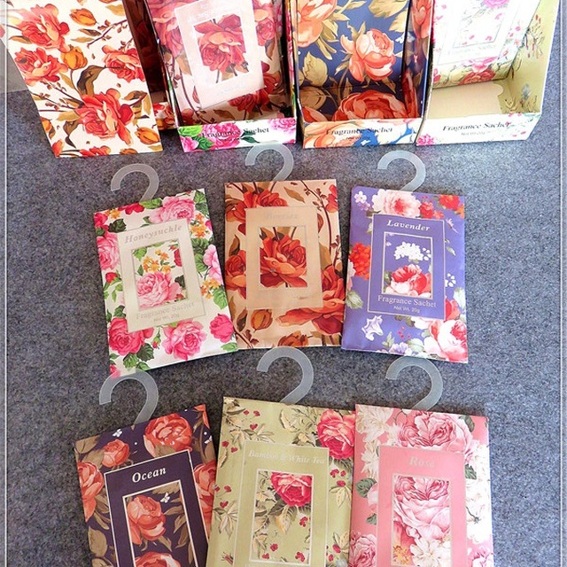 wholesale cheap price 20g aroma vermiculate fragrance paper sachet with different designs