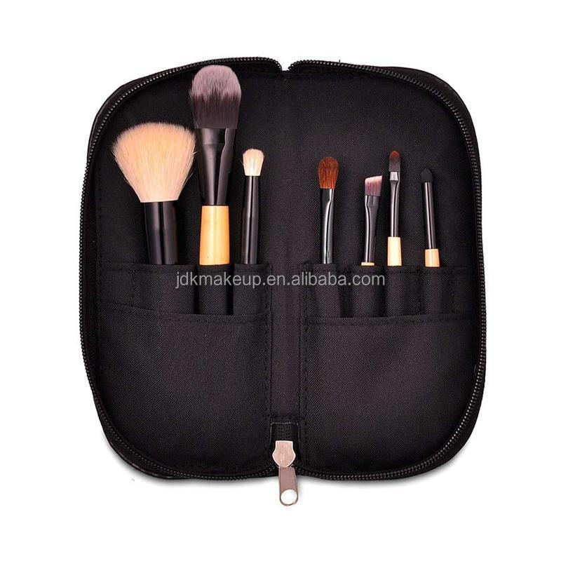 Perfect magnetic makeup brush with high quality