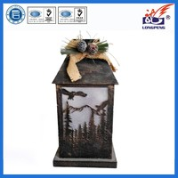 2015 Best Seller European Style Wooden LED Lighted Decrative Lantern for Holiday Decoration