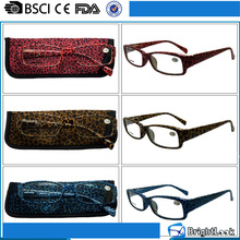 Fashion flexible painting plastic women custom frame novelty reading glasses with pouch