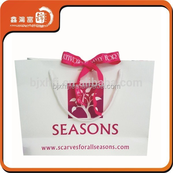 2015 Luxury gift shopping women cloth 200g art paper colorful cute paper bag