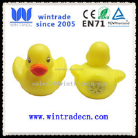 wholesale eco-friendlly vinyl yellow shrilling rubber duck