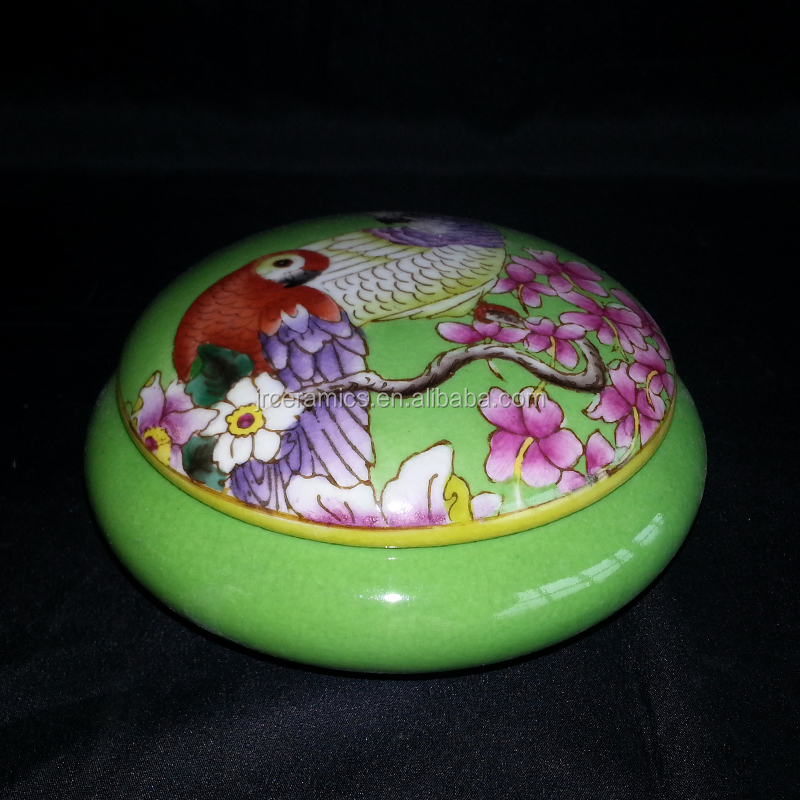 China Antique Vintage Hand Paint Design Home Table Decor Wedding Gift Ceramic Jewellery Storage Box