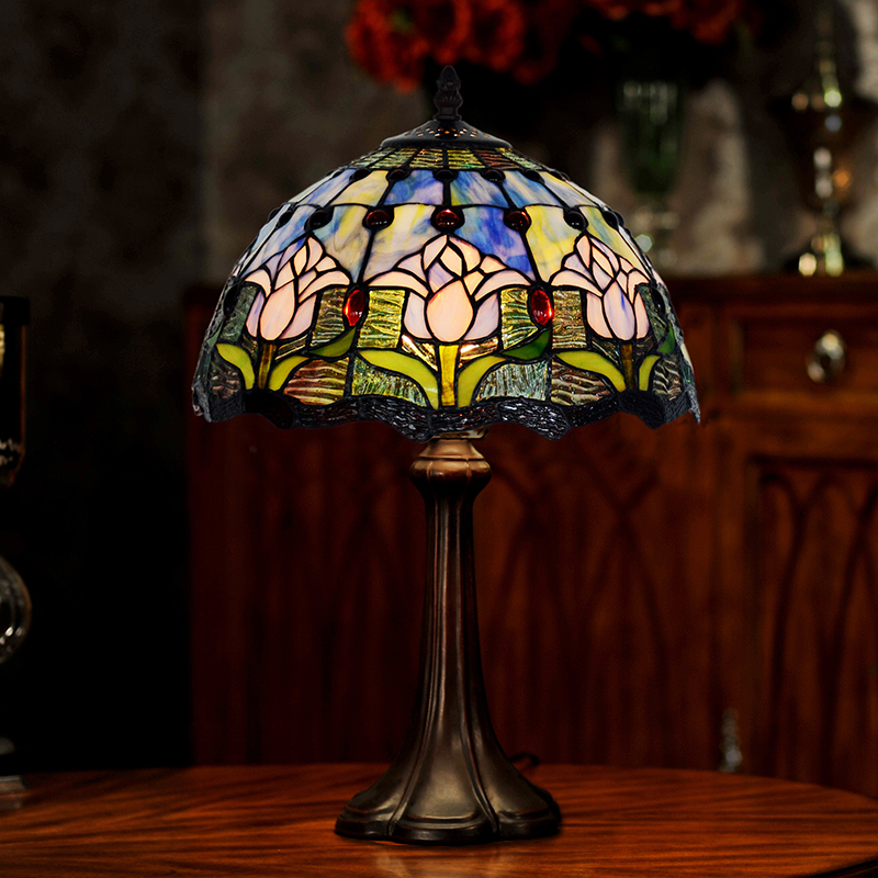Lampe tulipe de style Tiffany stained glass table lamps glass desk lamps