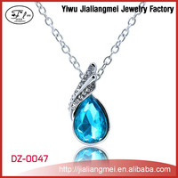 Wholesale Silver Fashion Alloy Jewelry Crystal Necklace