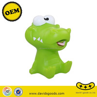 little fish plastic toys baby sound activated toys motion activated toys OEM factory in China