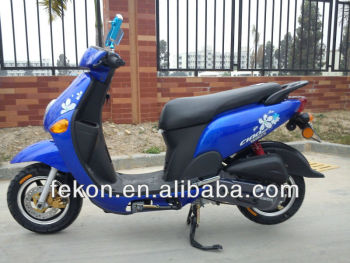 2013 new style china cute gas scooters