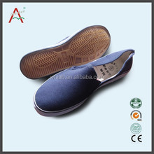 wholesale cheaper price safety footwear to Italy
