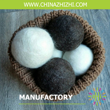 eco laundry wool felt dryer balls wholesale washed carded sheep black wool ball