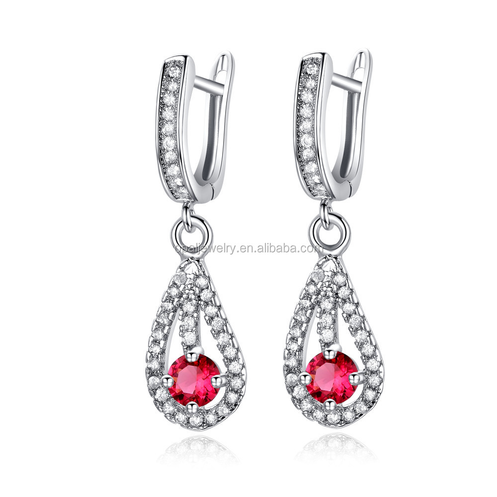 Ladies Like 925 Sterling Silver18k Gold Plating Earring Setted With Garnet