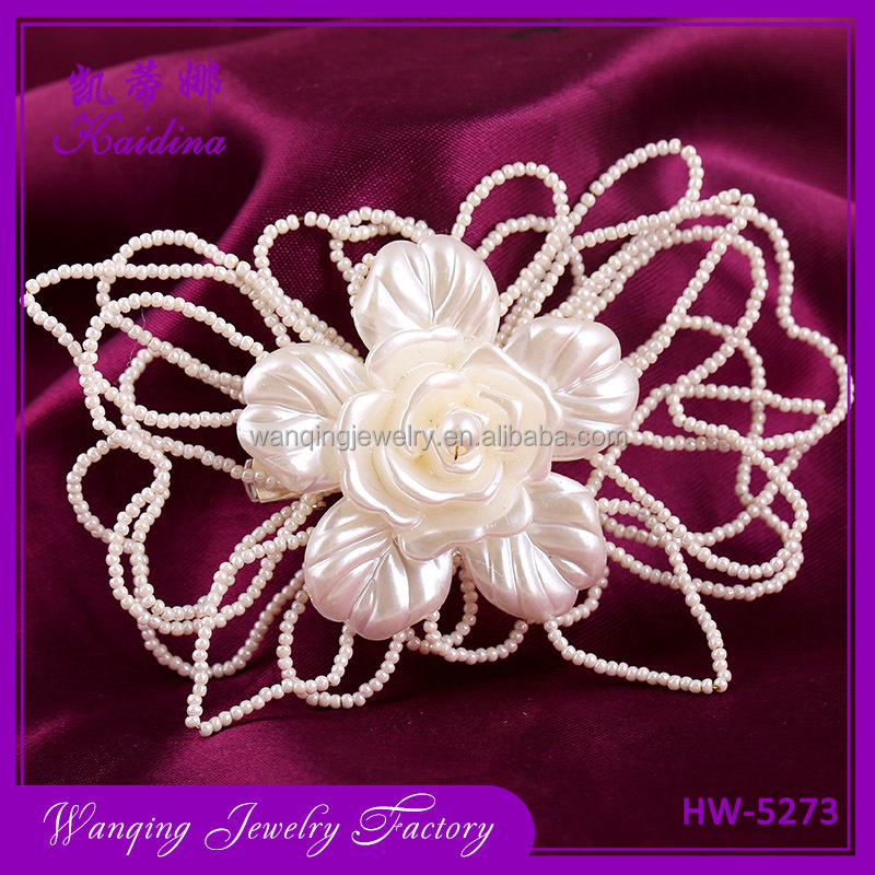 Hot Selling Wedding Accessories Charm Flower Pearl Bridal Hair Comb Wedding Decoration Hair Jewelry For Women