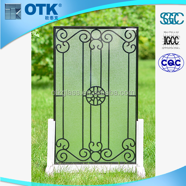 2016 Hot sale low price hight quality modern wrought iron window grill design