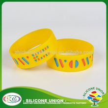 Thick debossed logo custom rubber silicone bracelet
