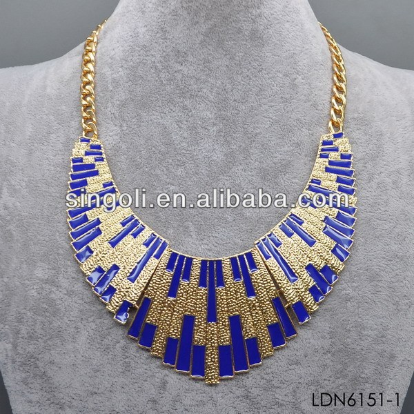 2014 vintage style Egyptian necklace in gold and navy blue