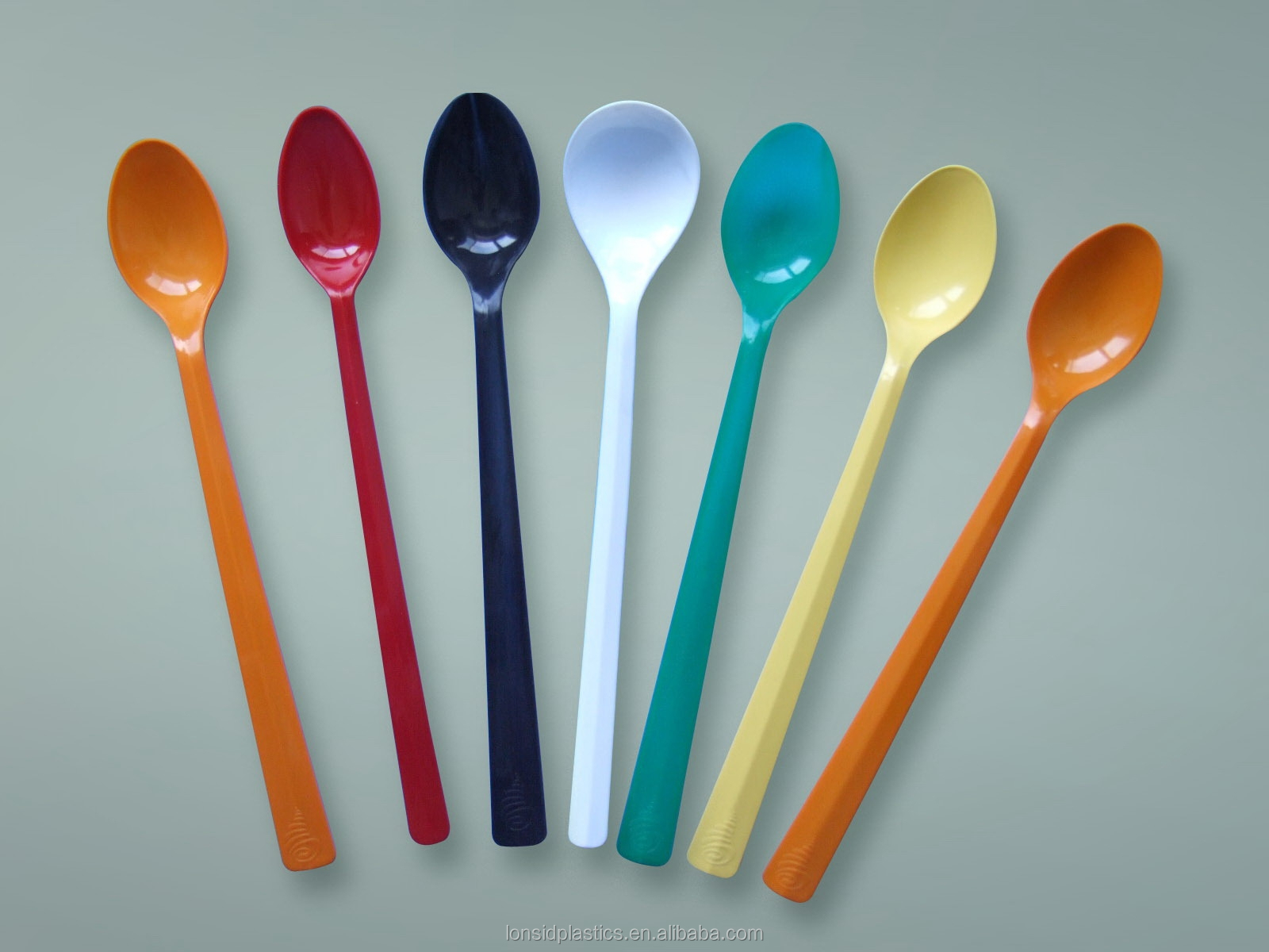 Long Handle and Medium weight colorful plastic PP disposable soda spoon