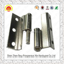The high-quality stainless steel hinges and latches