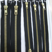 Flame retardant zipper