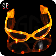 2016 Hot Fashionable wedding gifts for indian couple Wholesale Color Changing Glasses