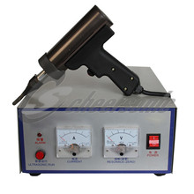 Ultrasonic wave generator used on plastic welder