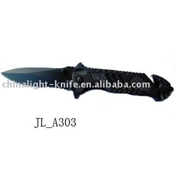 Folding combat knife with black coating blade
