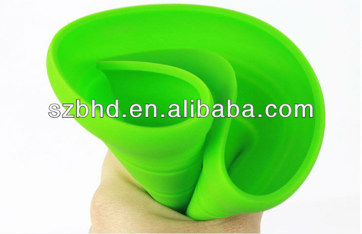 Brain Storming!!! Popular Foldbable Pet Dogs' Silicone Flying Frisbee