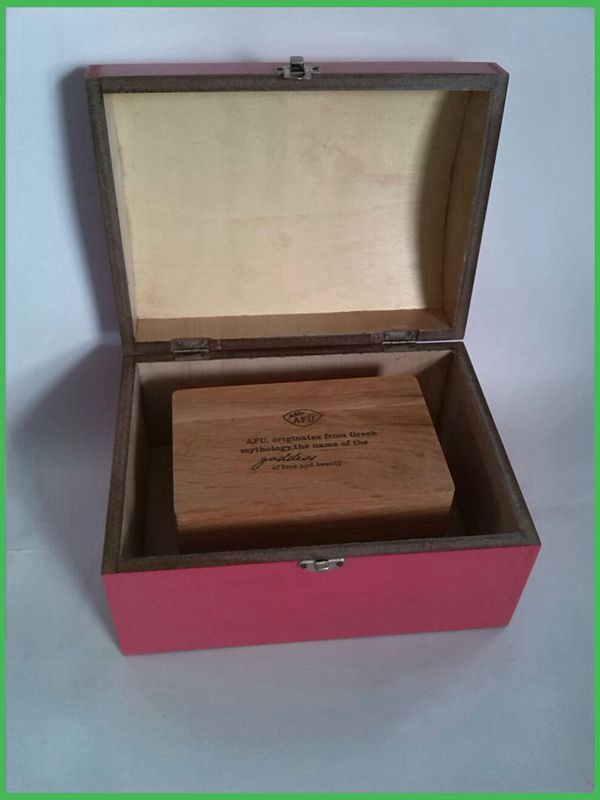 wooden presentation boxes