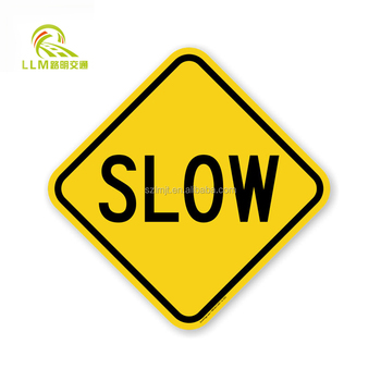 2017 hot new products solar powered traffic sign