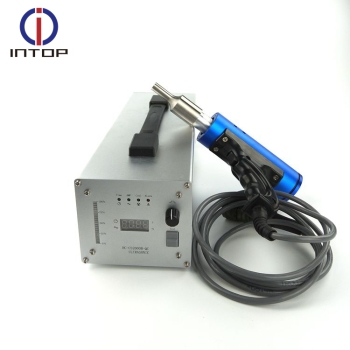 China Manufacturer Welding Plastic Ultrasonic Welder