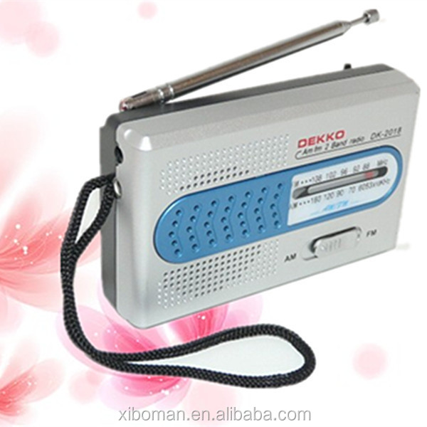 Radio with 3.5MM external earphone jack AA batteries radio handheld am/fm radio receiver