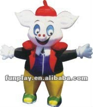 2012 inflatable cartoon pig