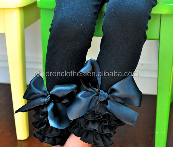Wholesale cotton ruffle icing baby leggings