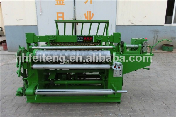 New technology automatic welded wire mesh machine in row factory supplier
