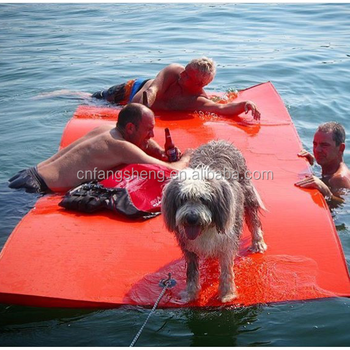 2016 New desigh giant floating mats for the lake/pool/doggy /water pads