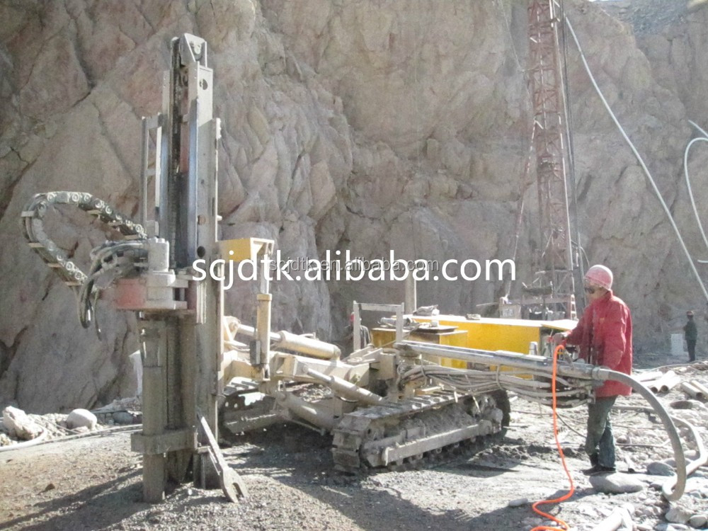 YGL-90D Multifunctional Deep Hole drilling crawler rig machine in mine blasting