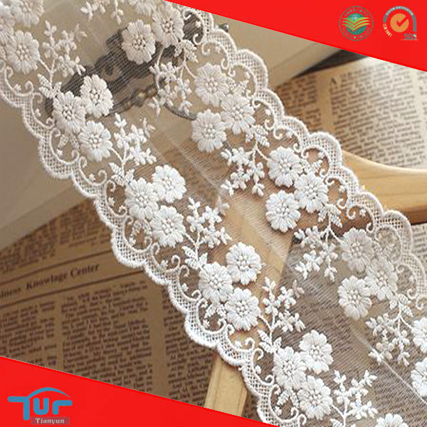 White Floral 90 Cotton 10 Nylon Embroidered Tulle Lace Trim