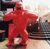 outdoor colour spraying decoration resin art animal sculpture fiberglass gorilla oil drum statue