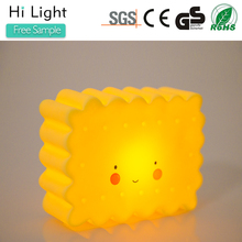 NL-014-2 Cute SpongeBob SquarePants shape soft plastic kids toilet night light led craft