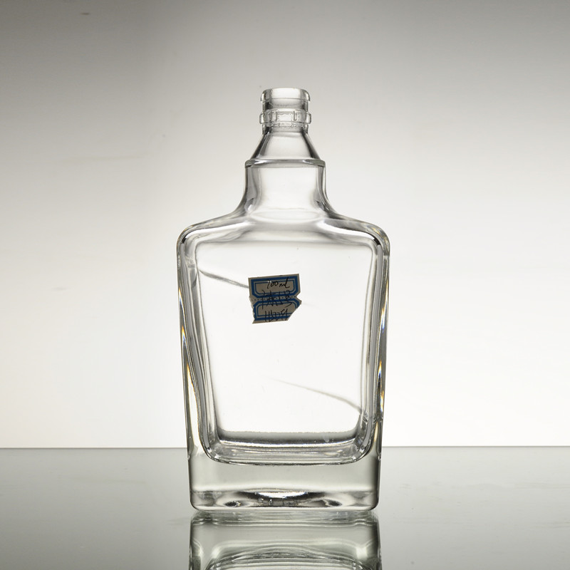 wholesale low cost square colored glass whiskey bottle with cork
