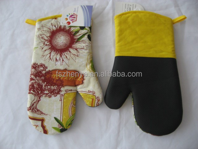 kitchen pot holder sets yellow neoprene oven mitt flower pattern
