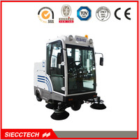 easy operating Closed cabin tow road sweeper/self discharge street cleaner/CE road cleaning machine