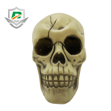 2018 wholesale cheap kids trick or treat toy plastic sticky thriller decor scary halloween supplies skull head decoration