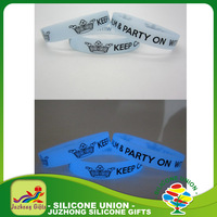 Nice designer colorful suctom made silicone bracelets glow in dark wristband