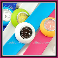 2015 shenzhen Snap watch with 13 colors and colorful bands for you chirlden style promotional