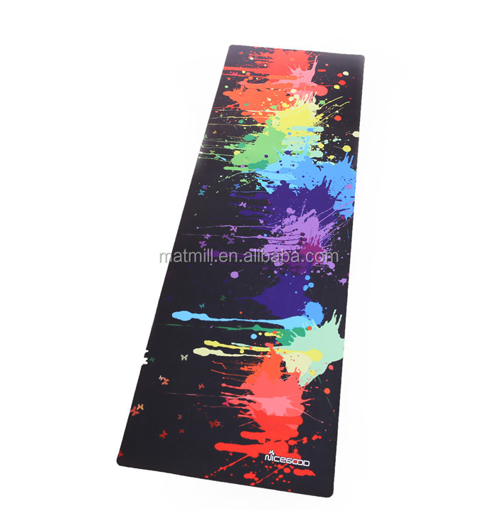 Customized design washable natural rubber yoga exercise mat for exerciser