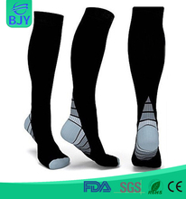 Wholesale Unisex Smooth Seamless Knee-High Nylon Compression Socks
