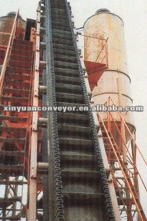 Raised adge and big angel belt conveyor