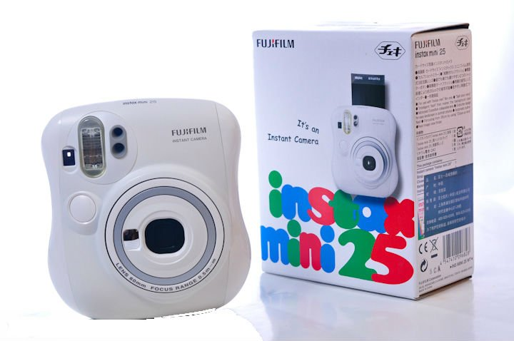 Fuji film Instax mini Camera instant Polaroid mini 25s white