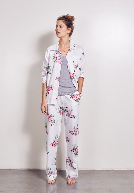 2015 women summer style white color with rose flower print long top quality girls sleeping suits sexy Ladies Sleepwear