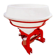 600L Agricultural 3 Point Mounted Plastic Hopper Fertilizer Spreader For Farm